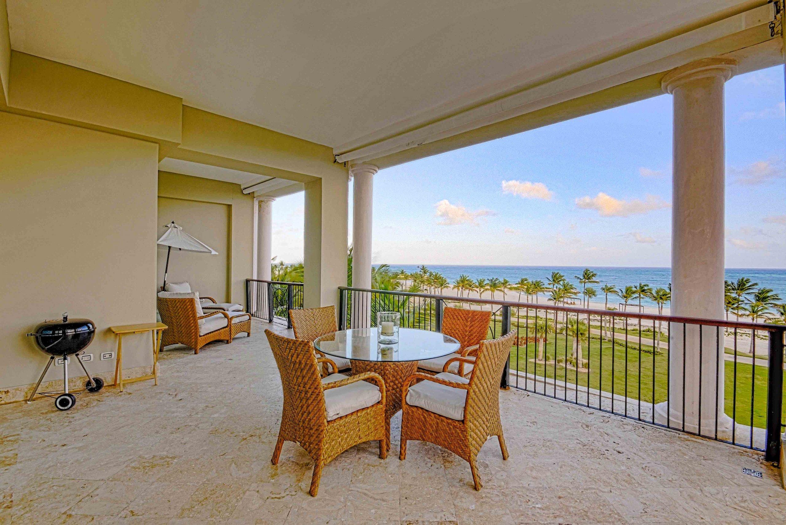 Bienes Raíces Cap Cana punta cana venta apartamentos condominios condo vista marina playa golf epic real estate república dominicana Aquamarina beach